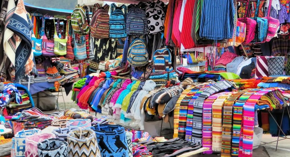 Things To Buy From Karol Bagh Market In Delhi